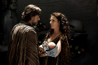 Russell Crowe as Jor-El and wife Lara, with their newborn Kal-El, in Man of Steel (2013), Directed by Zack Synder