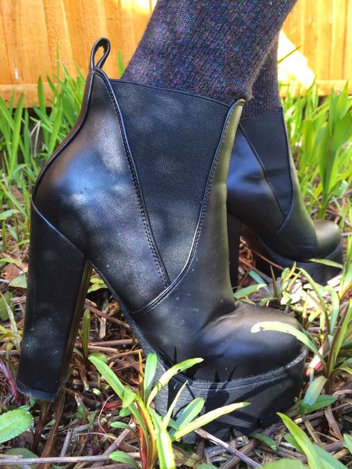 black heeled boots, shoes, fashion