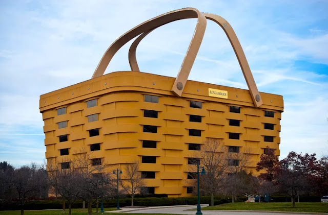http://www.curbed.com/2016/9/13/12903914/longaberger-basket-company-building-headquarters-sale