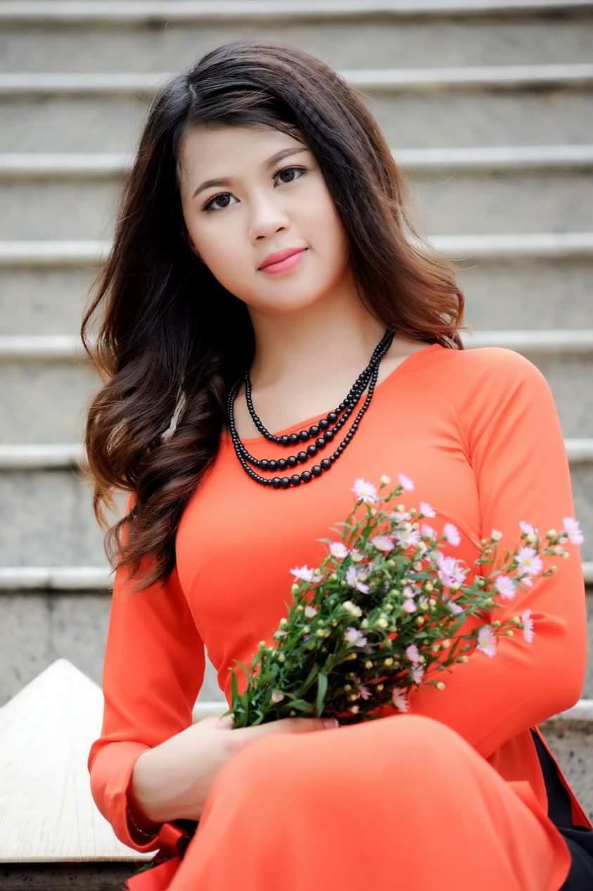 Tuyển tập girl xinh gái đẹp Việt Nam mặc áo dài đẹp mê hồn #60 - 18
