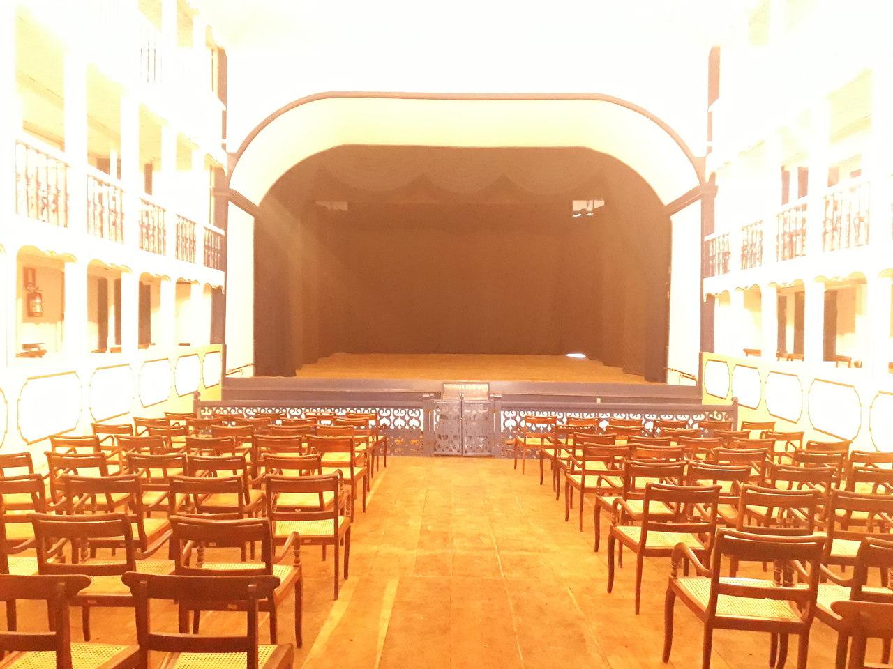 Sabará - o que fazer nesse Destino Brasileiro - Teatro Municipal