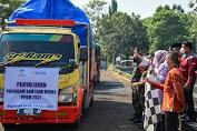 Pemkab Purwakarta Distribusikan 700 Ton Beras Bantuan Dampak PPKM Darurat