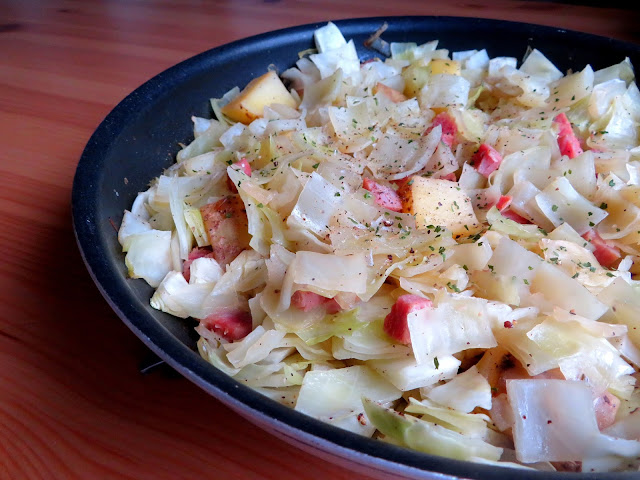 Smothered Cabbage with Ham