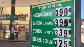 Gasolina já é vendida abaixo de R$ 4,00