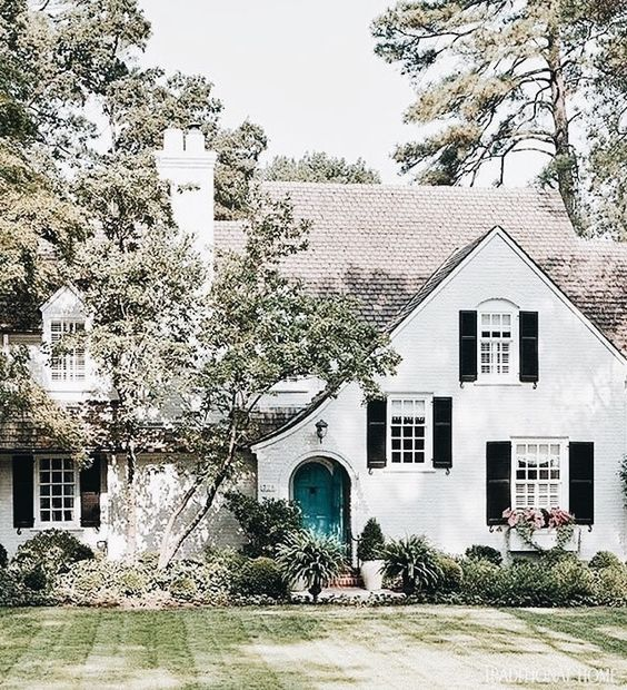 Curb Appeal 18 Color Ideas For Your Door FRENCH COUNTRY