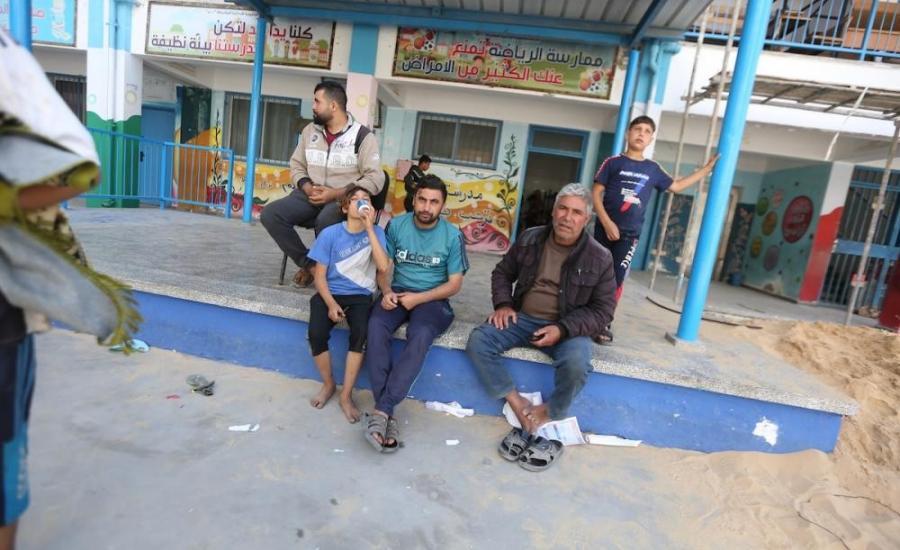الأونروا تفتح عددا من مدارسها للنازحين جراء القصف العنيف على شمال قطاع غزة