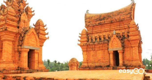 Poshanu Cham Tower