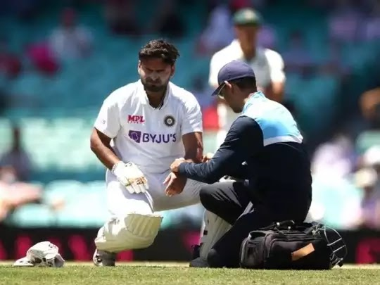 Aus vs Ind 3 test/Rishabh pant get injury