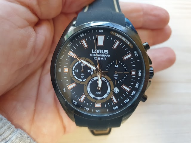 Lorus RT383HX9 chronograph watch - user review
