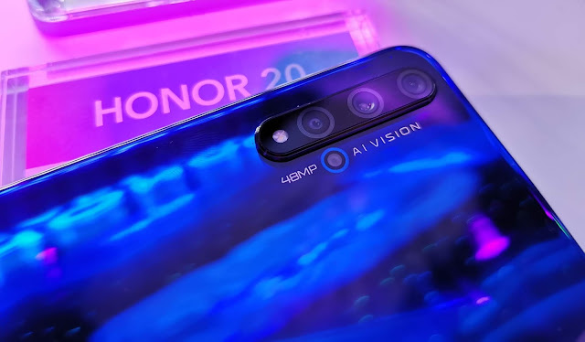 Honor Triple Camera Setup with AI Vision