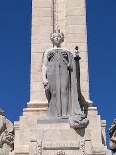 Mujer plaza españa
