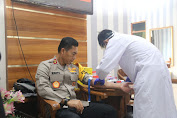Pejabat Polda Aceh Tes Virus Corona Dengan Rapid Tes