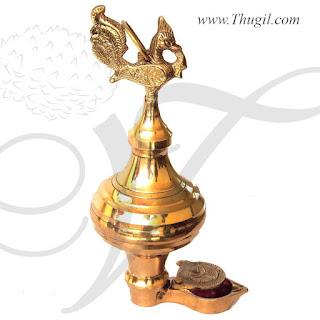 Thoondamani Brass Lamp