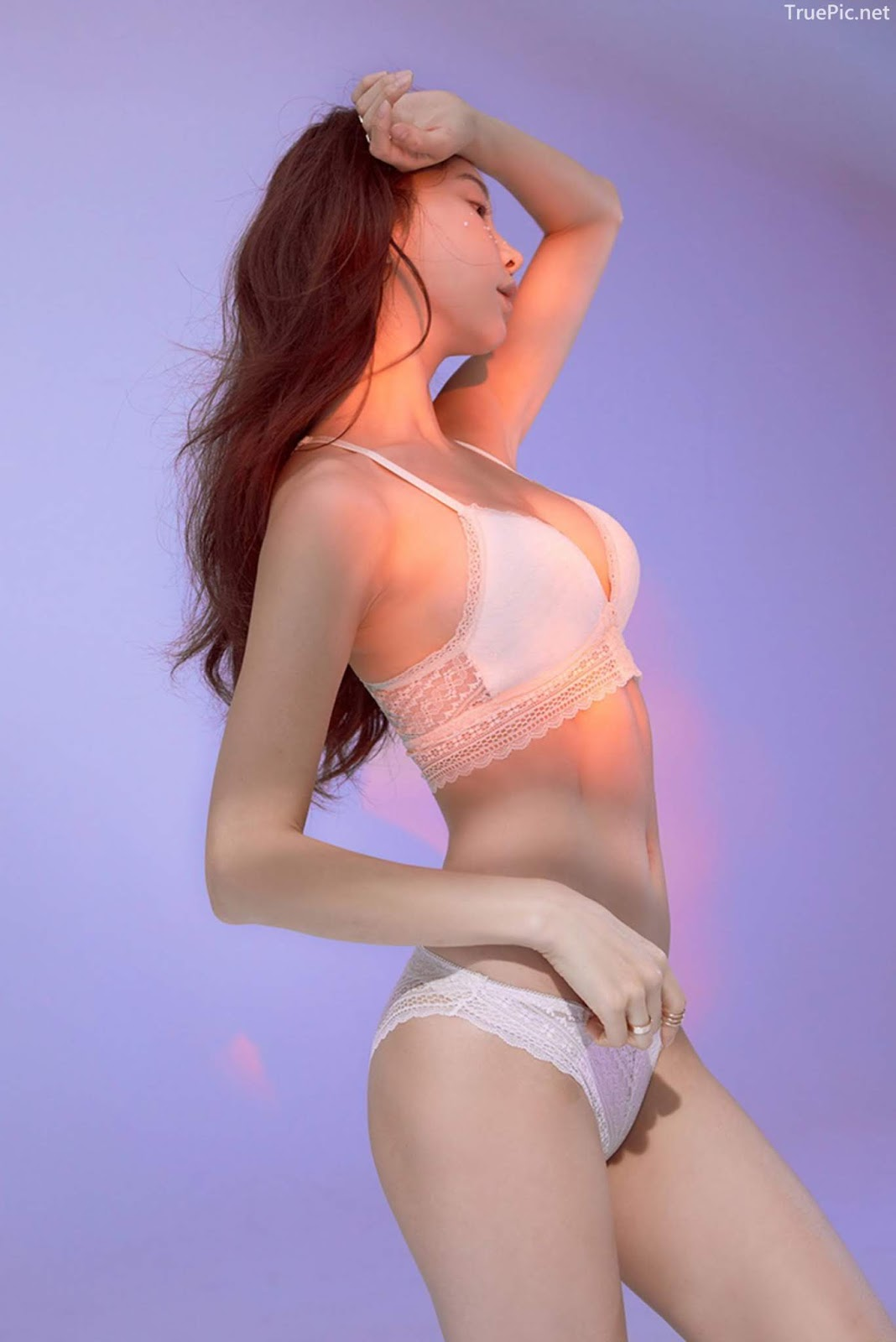 Korean model and fashion - Park Soo Yeon - Beautiful White Bralette Lingerie Set - Picture 7