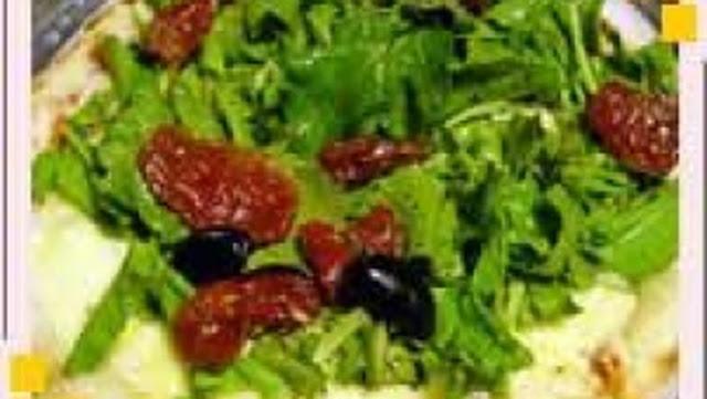 Receita de Bacalhau com rúcula e tomate seco