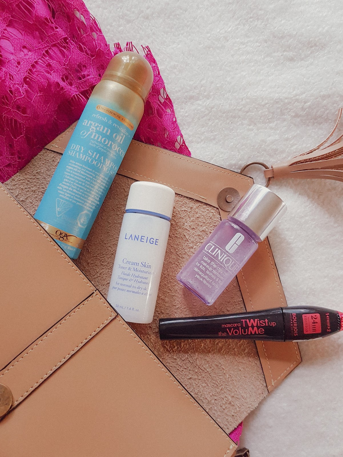 Review of multiple skincare and beauty products in the Date Night Essentials Vox Box
