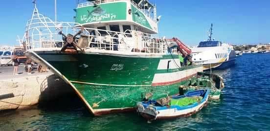 """إيطاليا / بعد تدخل السلطات التونسية :  إطلاق سراح طاقم مركب """" الحاج محمد """""""