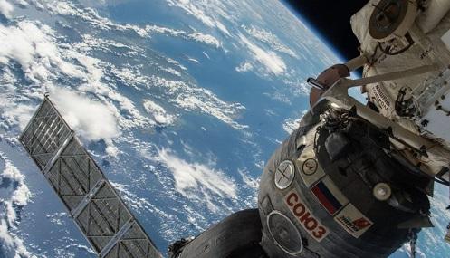 A Rússia já sabe como apareceu a fissura na nave Soyuz (mas não revela)