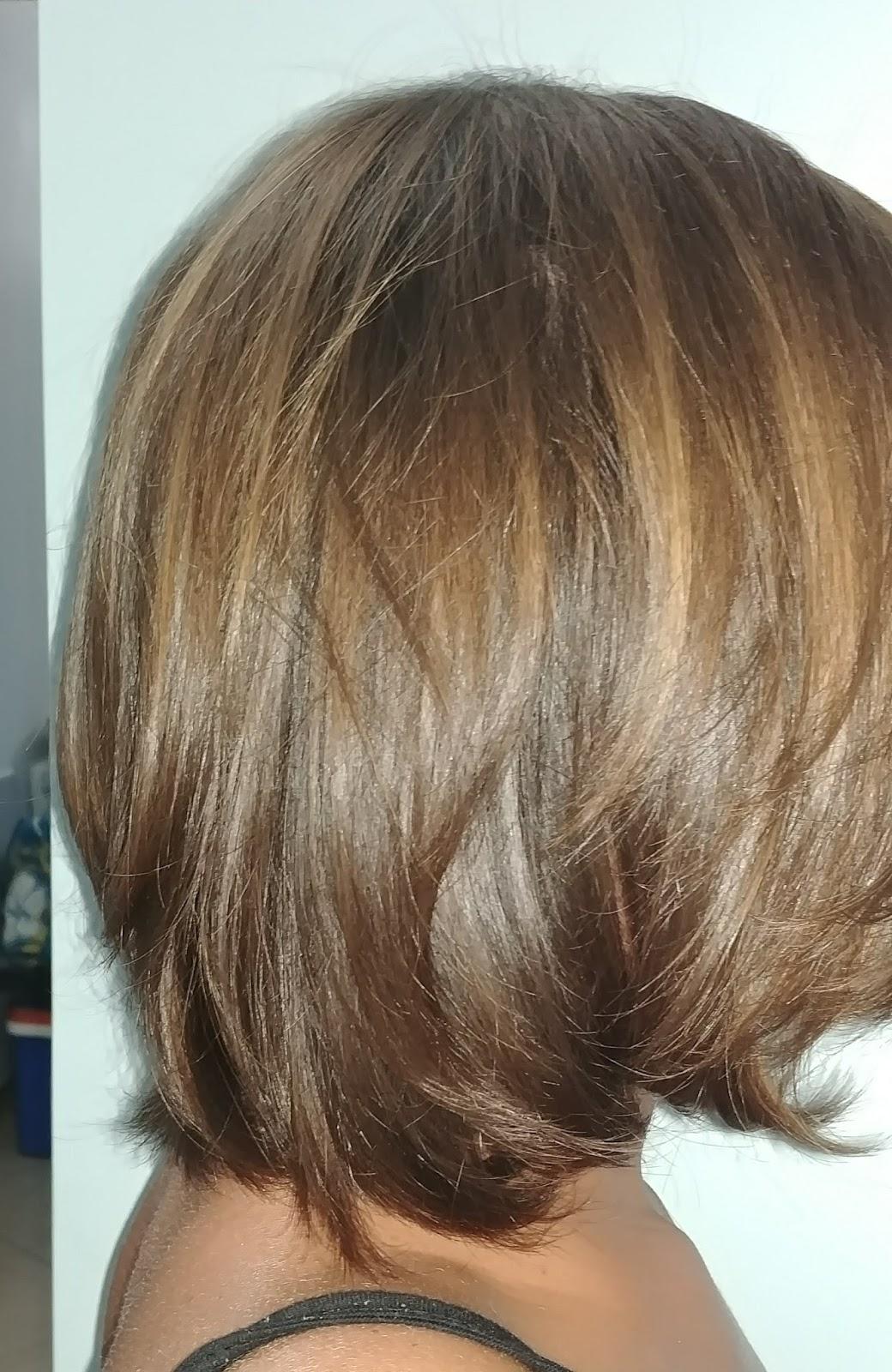 Che taglio fare per far crescere i capelli