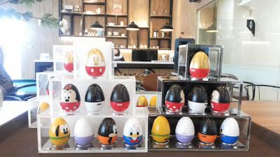 Disney Coll-Egg-Tible Series