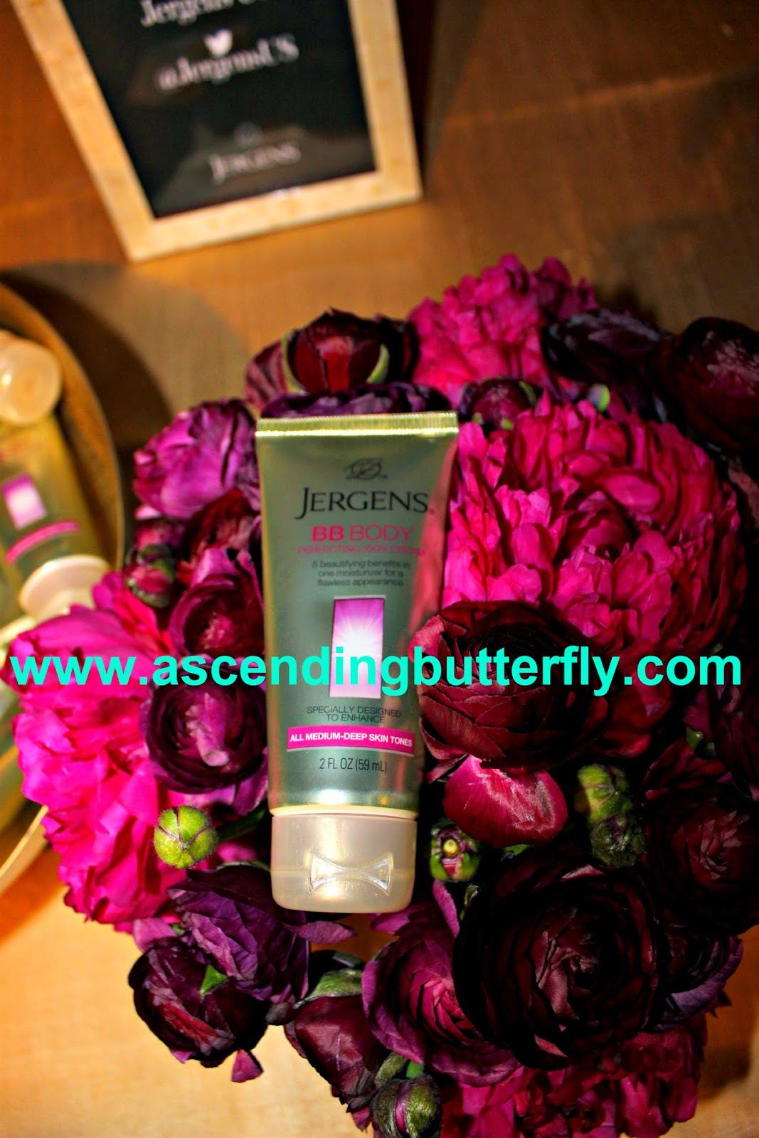 Celebrate the Season InStyle Jergens BB Body Cream #BBgoesBody #CelebrateInStyle, BB Cream, Lotion