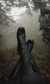 Enjoying the Autumn Mist, Witch Boots, Misty Forest, Victorian Boots, 19th century boots, Mandragoreae by Victoria Francés