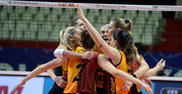 CEV Cup   Yarı finaldeyiz!