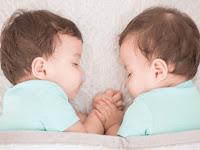 11 Cara Yang Bisa Kamu Lakukan Untuk Mempunyai Anak Kembar