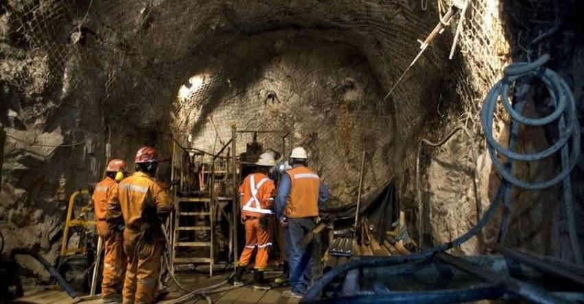 PUCP: Estudiantes de la Universidad Católica crean sistema que alerta de posibles derrumbes en minas