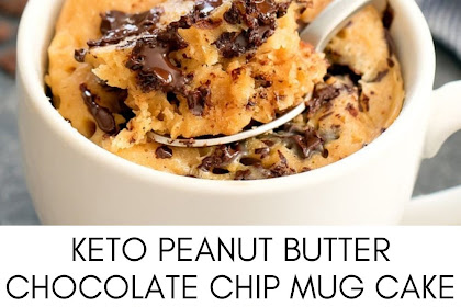 KETO PEANUT BUTTER CHOCOLATE CHIP MUG CAKE