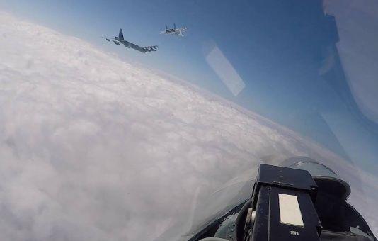 Rusia denuncia maniobras de ataque aéreo de fuerzas de EE.UU.