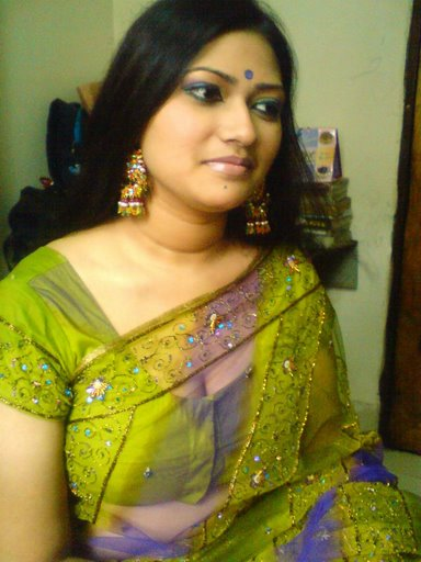 Desi Indian Bhabhi In Tight Salwar Kameez And Showing