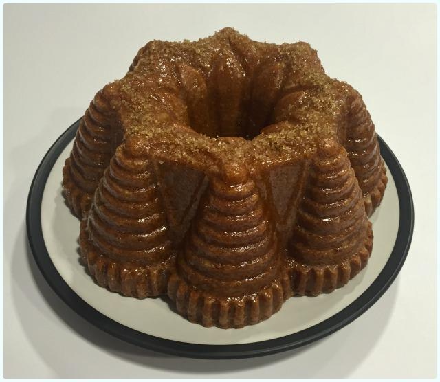 Apple Spice Bundt Cake With Rum Glaze