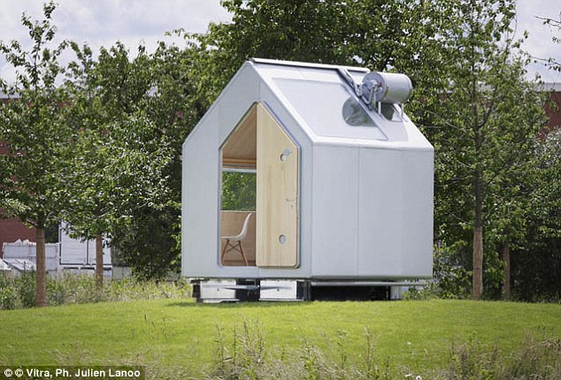 BlueisKewl: The $17,000 Micro-House That Covers Just 65 Sq Ft on