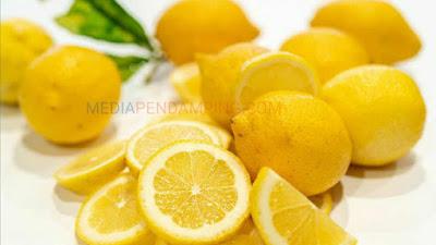 5 Bahan Alami Usir Bau Badan Salah Satunya Lemon, Yuk Kita Simak..