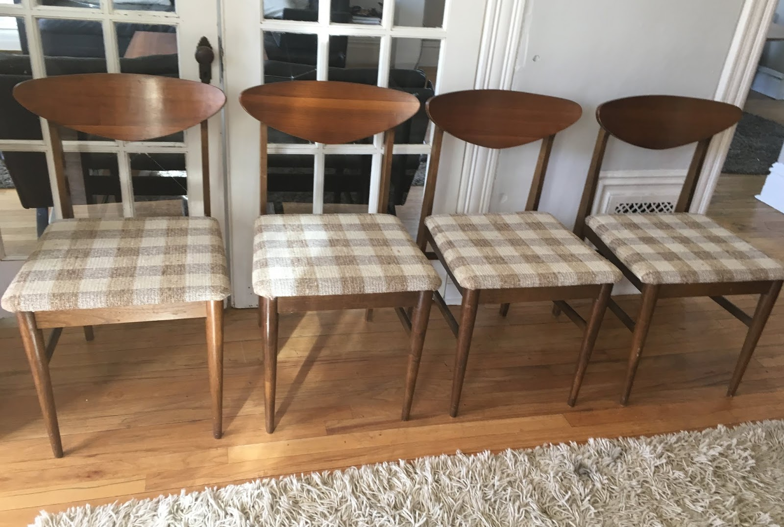 Circa Modern 4 Mid Century Dining Chairs Sold