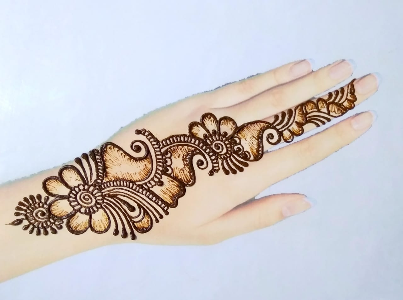 Simple henna mehndi design
