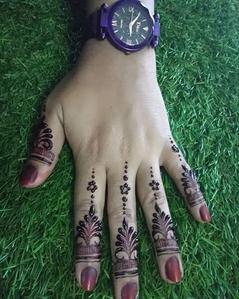 henna-for-girls-fingers