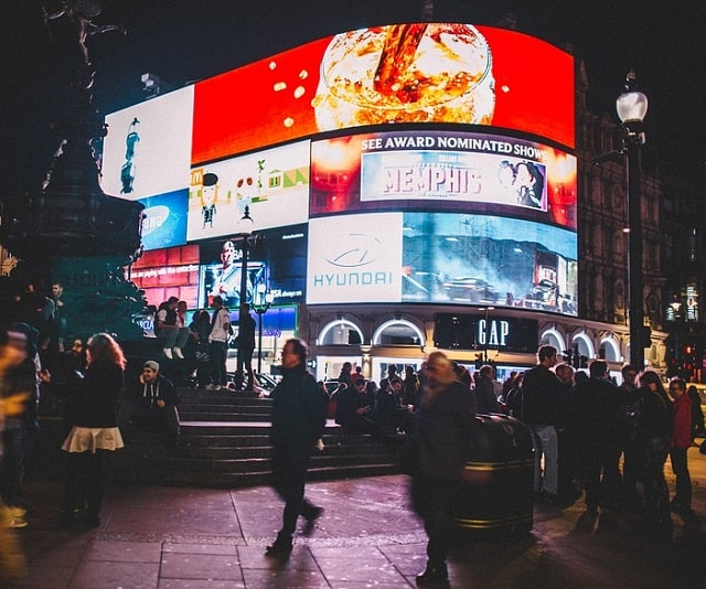 boost branding digital signage led billboards marketing masterminds advertising