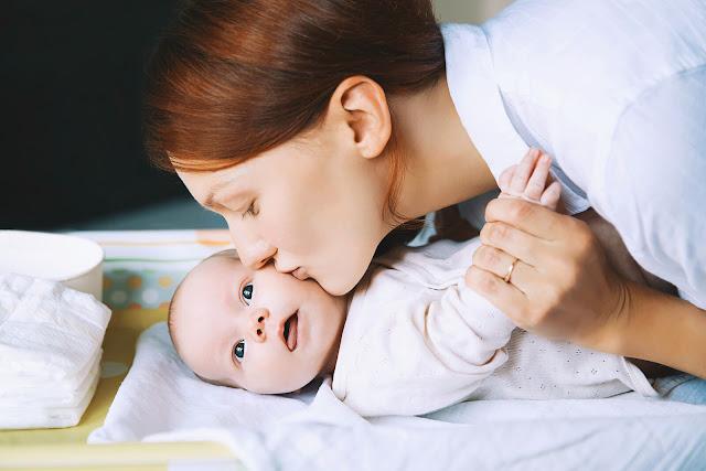 Miliki-3-Perlengkapan-Bayi-Murah-Ini-agar-Menyusui-Makin-Optimal