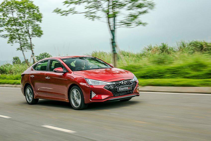 Những mẫu sedan đáng chú ý trong tầm giá 700-800 triệu đồng