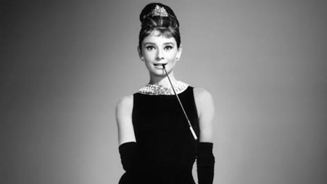 Gaya Berpakaian Klasik ala Audrey Hepburn, Elegan Seperti Ratu