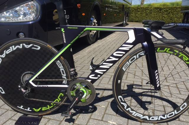 La CANYON SPEEDMAX CF SLX ya compite en el Giro