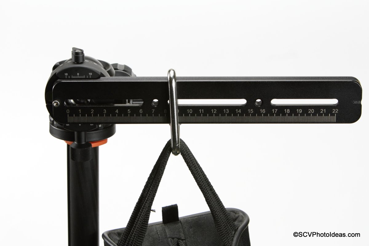 Sunwayfoto DDH-03i PC w/ rail + sandbag - closeup