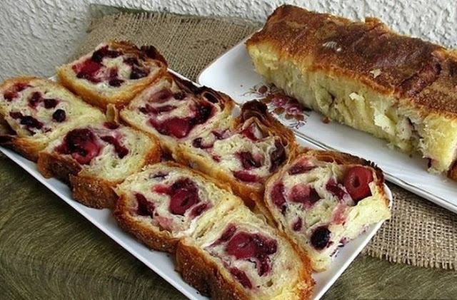 Brzi kolač sa višnjama - Mjera na čaše, jeftino i ukusno