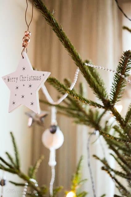 joulukuusi koriste jouluaatto