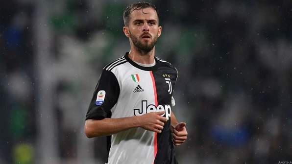 Highlight:  Pjanic & CR7 Help Juve See Off SPAL