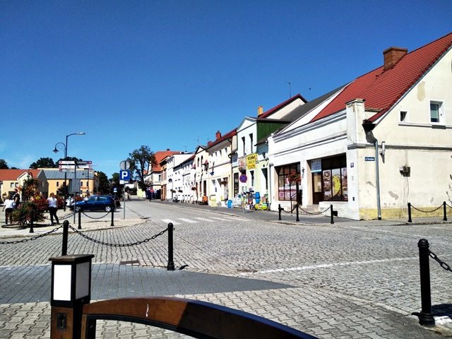 rynek, miasto lubuskie, interesujące miejsca województwa lubuskiego, wycieczki po Lubuskiem, miasteczka