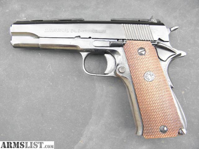 Weapon Guns Wallpaper: 9MM PISTOL