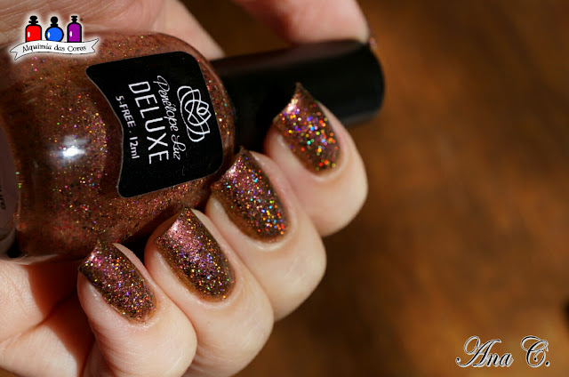 China Glaze, Cabin Fever, duochrome, Penélope Luz,  Love is Treasure
